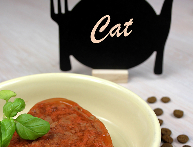 猫の健康のために知りたい「ウェットフードの与え方」